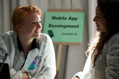 Mujeres y las nuevas tecnologías (Foto ITU)