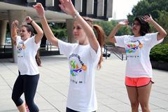 Gimnasia para combatir la obesidad juvenil (Paho)