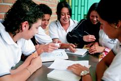 Educando contra la corrupción (foto WB)