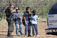 Niños detenidos en la frontera (PL)