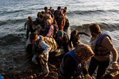 Migrantes, chivo expiatorios de las guerras (Acnur)