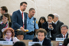 Activistas en la ONU Ginebra (UN/Ferré)