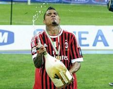 Las celebraciones futbolísticas, entre la locura y lo grotesco; incontrolables