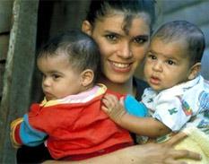 El Fondo de Población de la ONU defiende derecho de la mujer a la planificación familiar