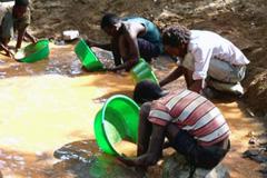 Minería artesanal - Foto UNEP
