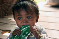 Niño abandonado (Unicef)