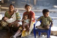 Niñas embarazadas (Foto UN/ M. Perret)