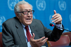 Lakhdar Brahimi (Foto UN/ J.M. Ferré)