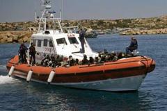 Emigrantes en Lampedusa (Foto UN)