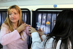 Vacunarse, la mejor jugada (Foto PAHO)
