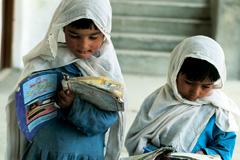 Pocas niñas escolarizadas (Foto WB)