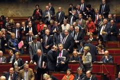 Parlamentos sin confianza popular (Foto LDD)