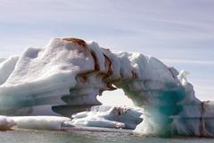 Glaciar islandés contaminado (Foto UN)