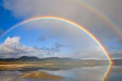 Un efecto de luz, un doble arcoiris (F.UN)