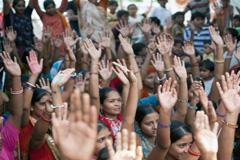 El empoderamiento de la mujer tarda (Foto ILO)