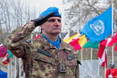 Más cascos azules para la ONU (UN)