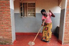 Trabajadora doméstica sin protección (ILO)
