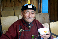 Un anciano longevo (WB)