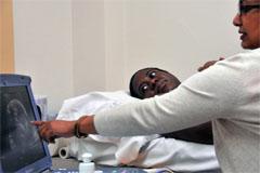 Seguridad y atención materna (Un)