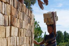 OIT: Unos 73 millones de niños trabajan en condiciones peligrosas