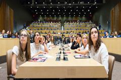 UNICEF: Vivir en un país rico no garantiza una buena educación