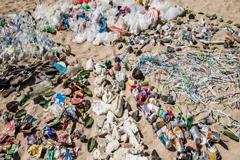 Medio Ambiente: Compromiso mundial para reducir los plásticos de un solo uso