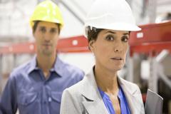 OIT: Las mujeres en puestos directivos contribuyen a aumentar el rendimiento empresarial