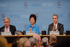 El Secretario General de las Naciones Unidas António Guterres pronunció un discurso en una reunión extraordinaria del Consejo General de la OMC