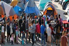 Unos 700 niños están atrapados en México junto a la frontera de Estados Unidos