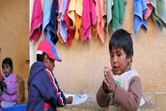 Tres mil millones de personas no tienen como lavarse las manos para protegerse del coronavirus