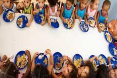 Parlamentarios de América Latina llaman a mantener el suministro de alimentos durante pandemia de coronavirus